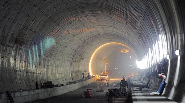 Las obras del túnel del AVE bajo el Eixample, en la recta final.