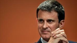 Valls, en un foro contra la abstención, en París, el 5 de mayo.