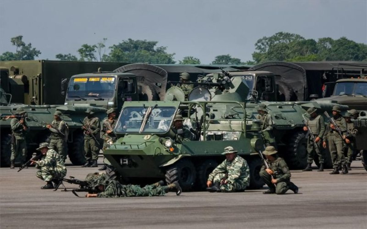 Efectivos de laFuerza Armada Nacional Bolivarianade Venezuela.