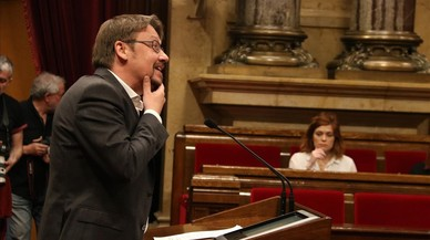 """Domènech cree que Torra """"inhabilita"""" amplias alianzas en Catalunya"""