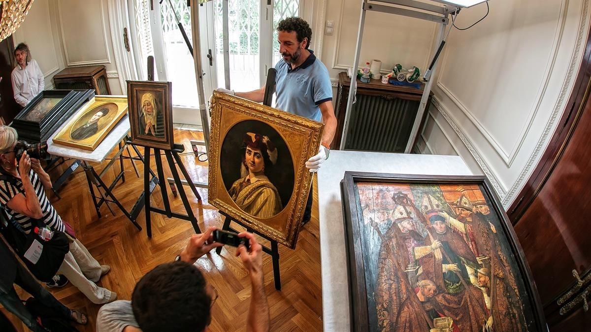 Barcelona recupera 12 obres més de l'herència de Muñoz Ramonet
