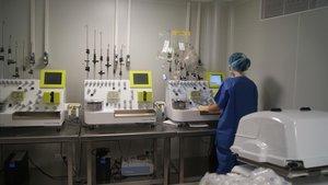El Hospital Clínic de Barcelona lleva a cabo, desde hace años, diferentes ensayos con terapias CAR-T.