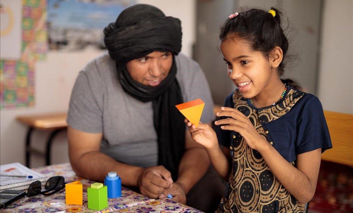 El drama de ser niño refugiado y discapacitado