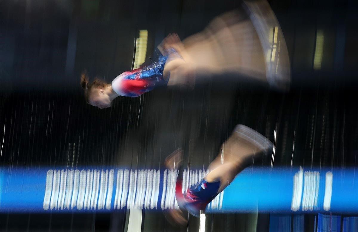 Luba Golovina y Teona Janjgava de Georgia en acción durante la competencia final de Gimnasia con Trampolín Sincronizado femenino este martes, en los Juegos Europeos de Minsk 2019, en Minsk (Bielorrusia). Los Juegos Europeos 2019 se celebran en Bielorrusia del 21 al 30 de junio de 2019.
