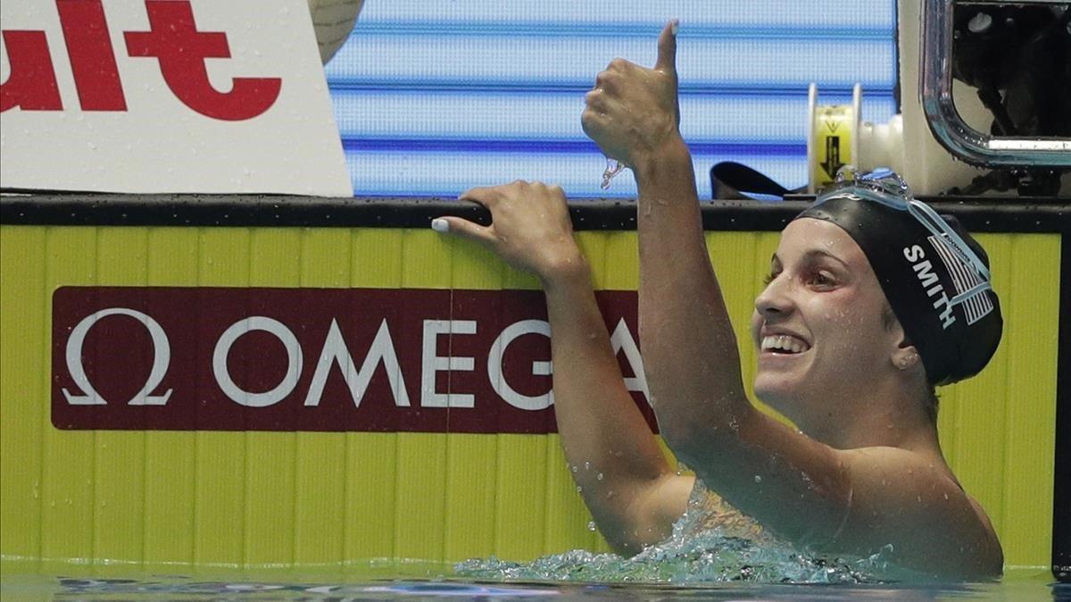 Regan Smith, tras imponerse y marca récord mundial en 200 espaldas en Gwangju.