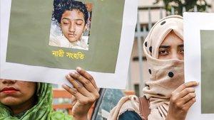 Pena de mort per a 16 persones per haver cremat viva una noia que va denunciar abusos a Bangladesh