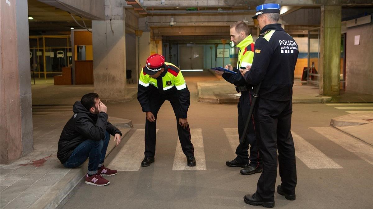 Aspirantes 'aptos' en el ISPC hacen prácticas en el temido bulevar, zona en la que se simulan servicios en plena calle.