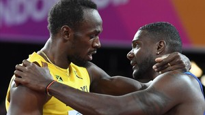 jcarmengol39573820 topshot us athlete justin gatlin r embraces jamaica s us170806215815