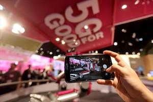 El futuro 8Demostración del uso de 5G en un estand del Mobile World Congress, el pasado marzo.