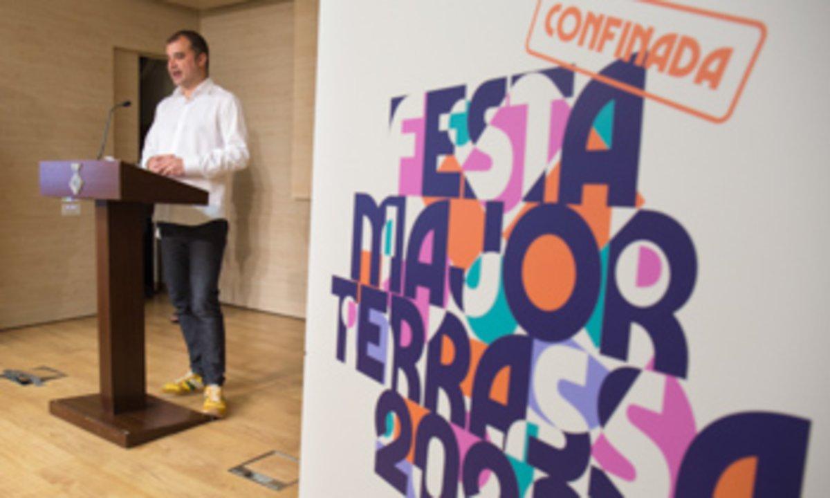 Jordi Ballart, en una rueda de prensa sobre la Fiesta Mayor Confinada de Terrassa.