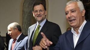 El alcalde de Granada, José Torres Hurtado, junto a Mariano Rajoy y Javier Arenas, en una imagen de archivo.