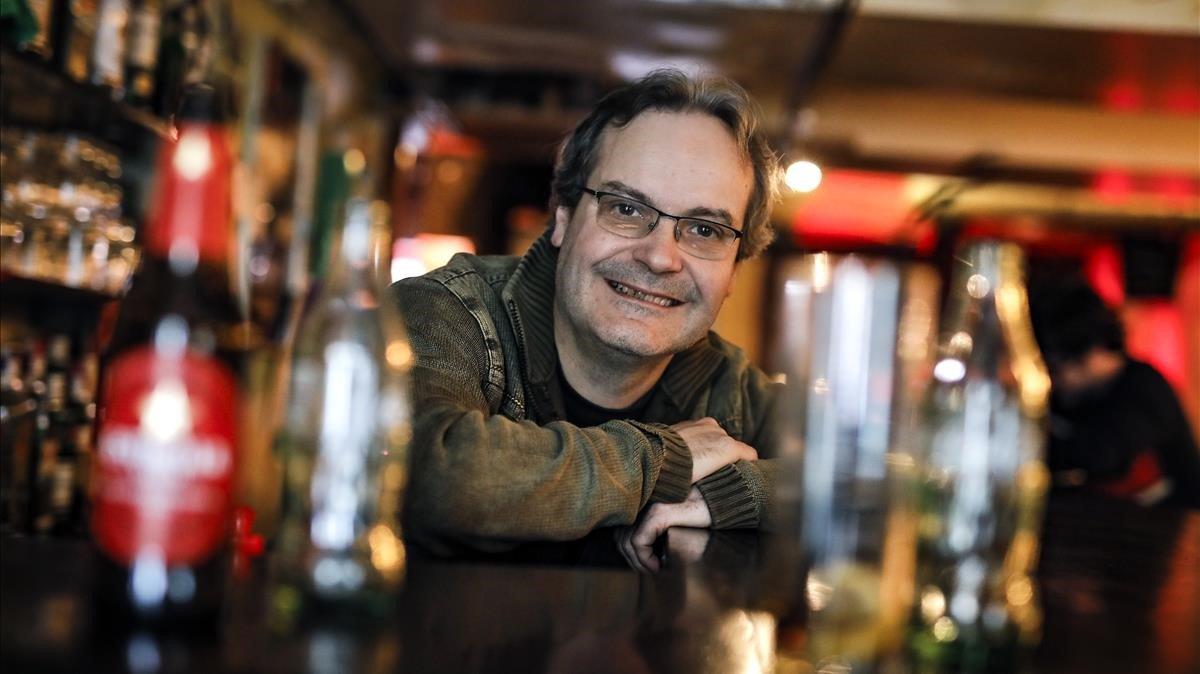 Aleix Perarnau, propietario del Bar Linea Uno de Santa Coloma de Gramenet.