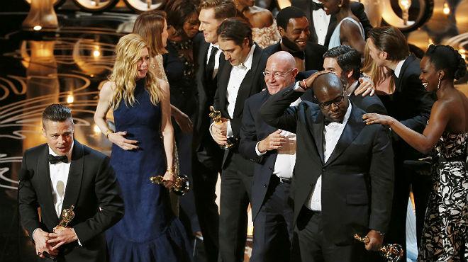 Brad Pitt, productor del filme, recogió el premio a la mejor película del año.