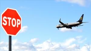 Un avión de Ryanair aterriza en Dublín.