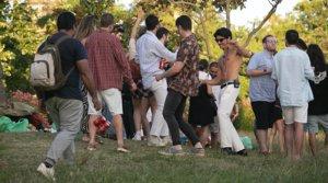 Botellón en el parque de la Ciutadella de Barcelona, el pasado 12 de junio, aún vigente el estado de alarma.