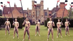 Imagen del calendario de los remeros de Warwick.