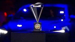 Entrega del premio al mejor coche del año en Europa.