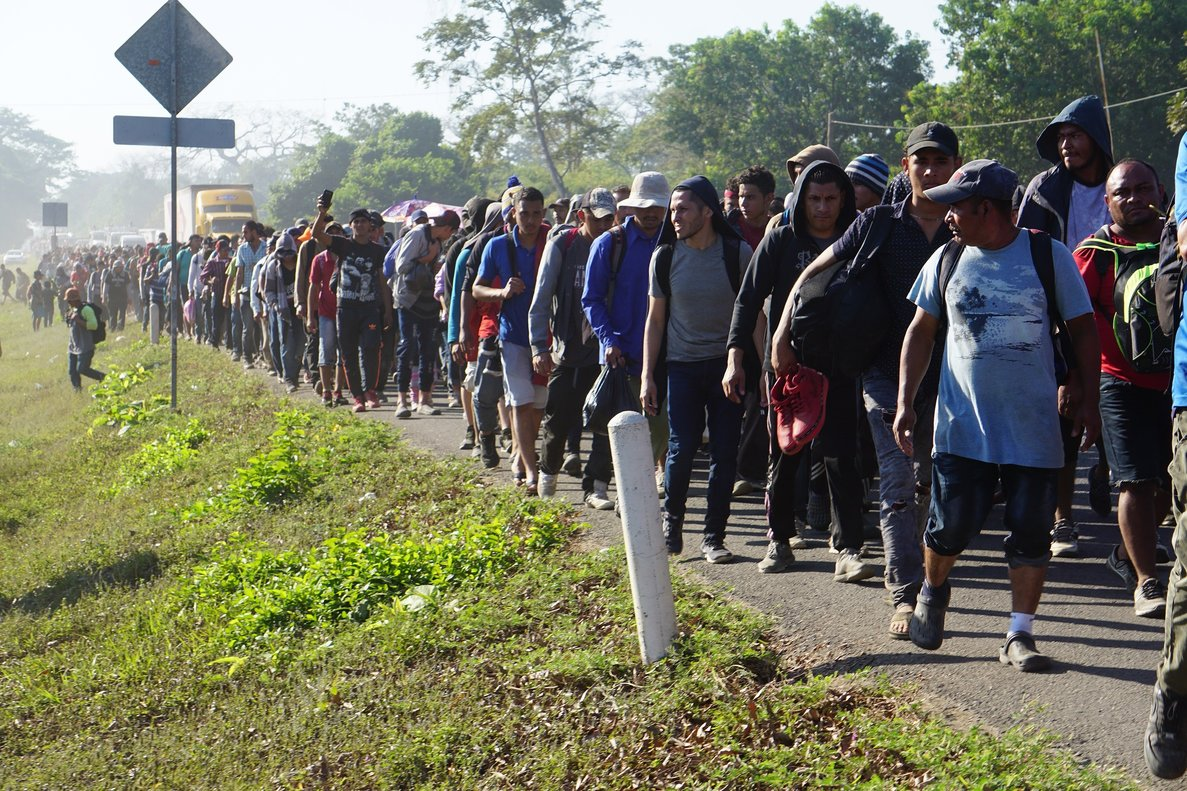 Más de 1.700 inmigrantes hondureños de caravana han sido deportados en 3 días