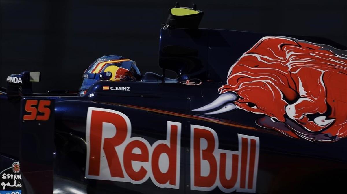 Carlos Sainz, durante la primera sesion de entrenamientos libres del GP de España de Fórmula Uno.