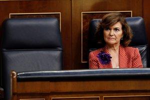 Carmen Calvo, en su escaño en el Congreso.