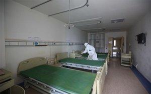 França prepara un tren hospital per traslladar malalts amb coronavirus