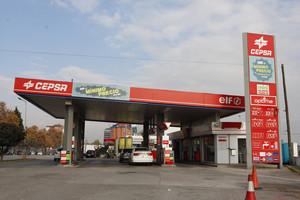 Una gasolinera Cepsa en Mollet del Vallès.