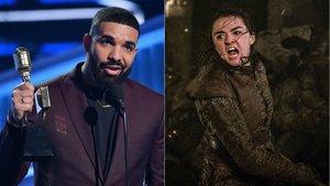Drake se acordó de Ayra Stark al recoger su premio en los Billboard Music Awards.