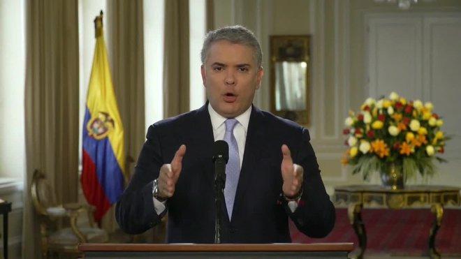 Duque dice que no hay una nueva FARC sino narcoterroristas apoyados por Maduro.