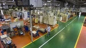Fábrica de Delphi en Sant Cugat del Vallès en el 2009, una de las que ha anunciado un ERE de cierre.