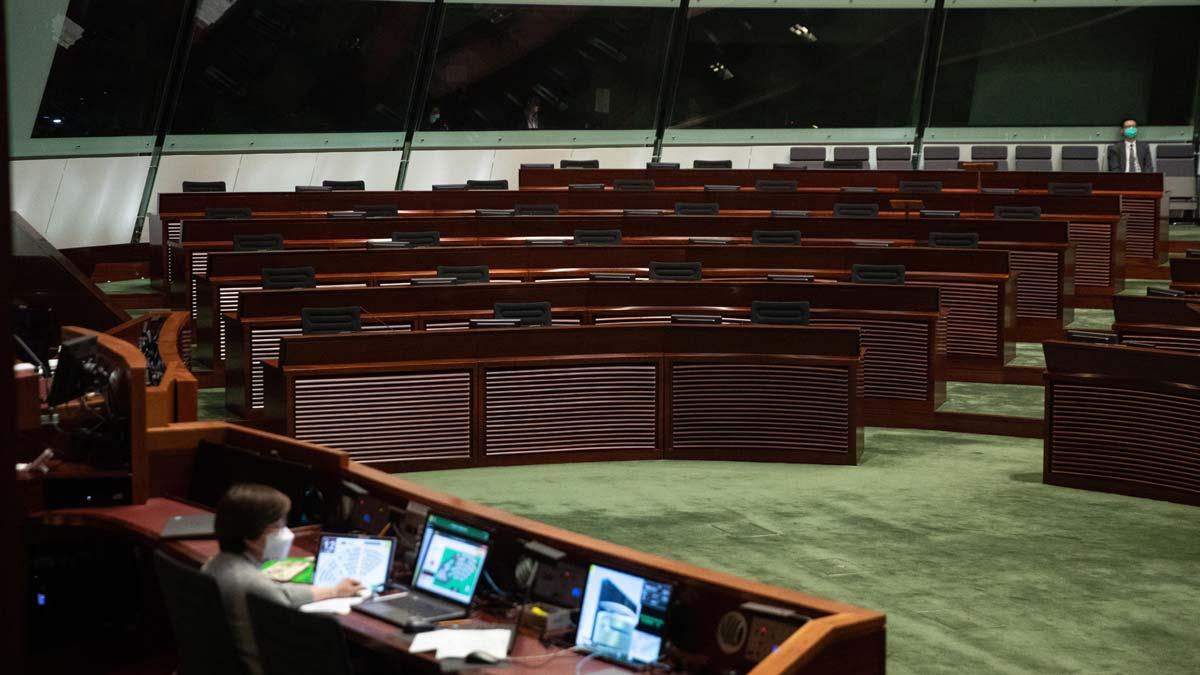 Hong Kong amanece sin líderes opositores tras la renuncia masiva.