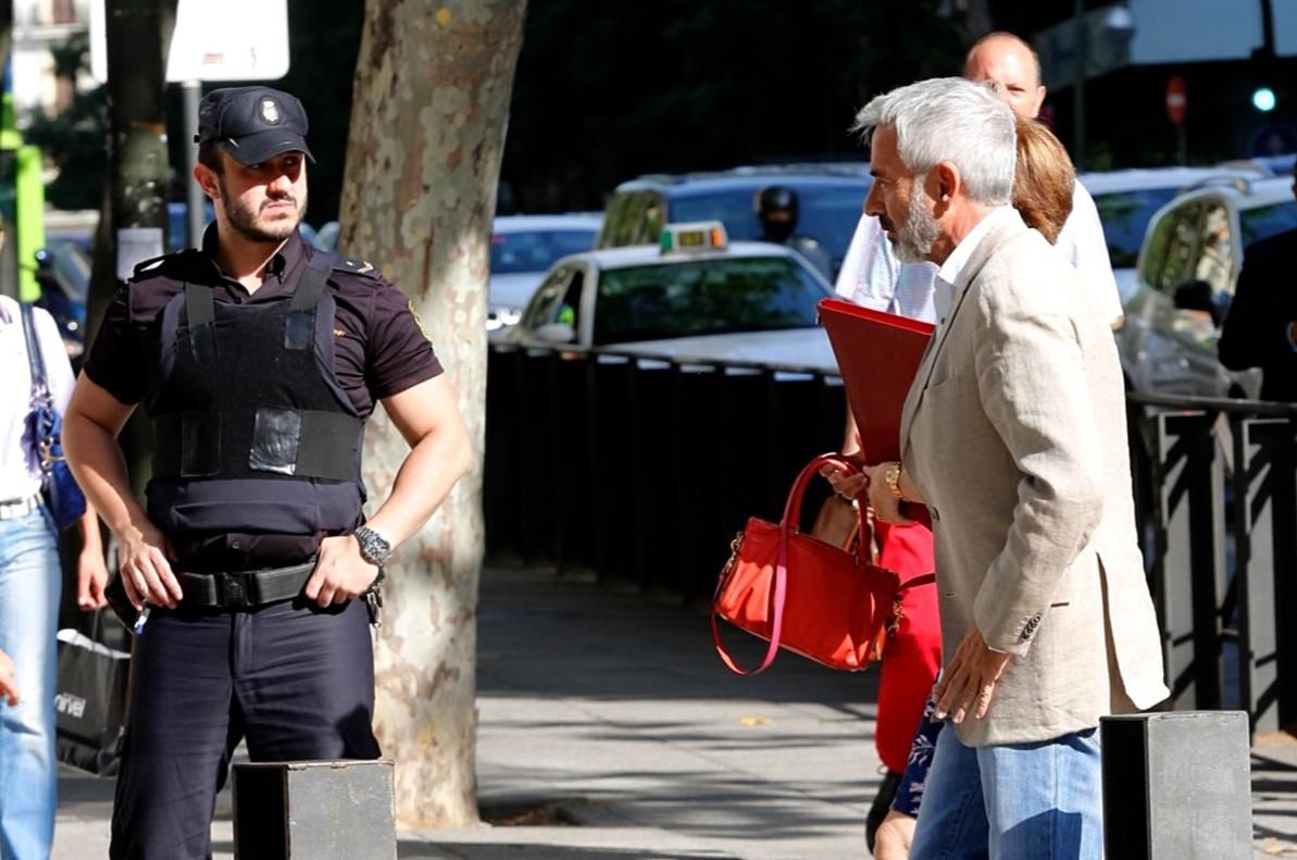 """Imanol Arias admite su error con Hacienda y se compromete a devolver """"hasta el último euro"""""""