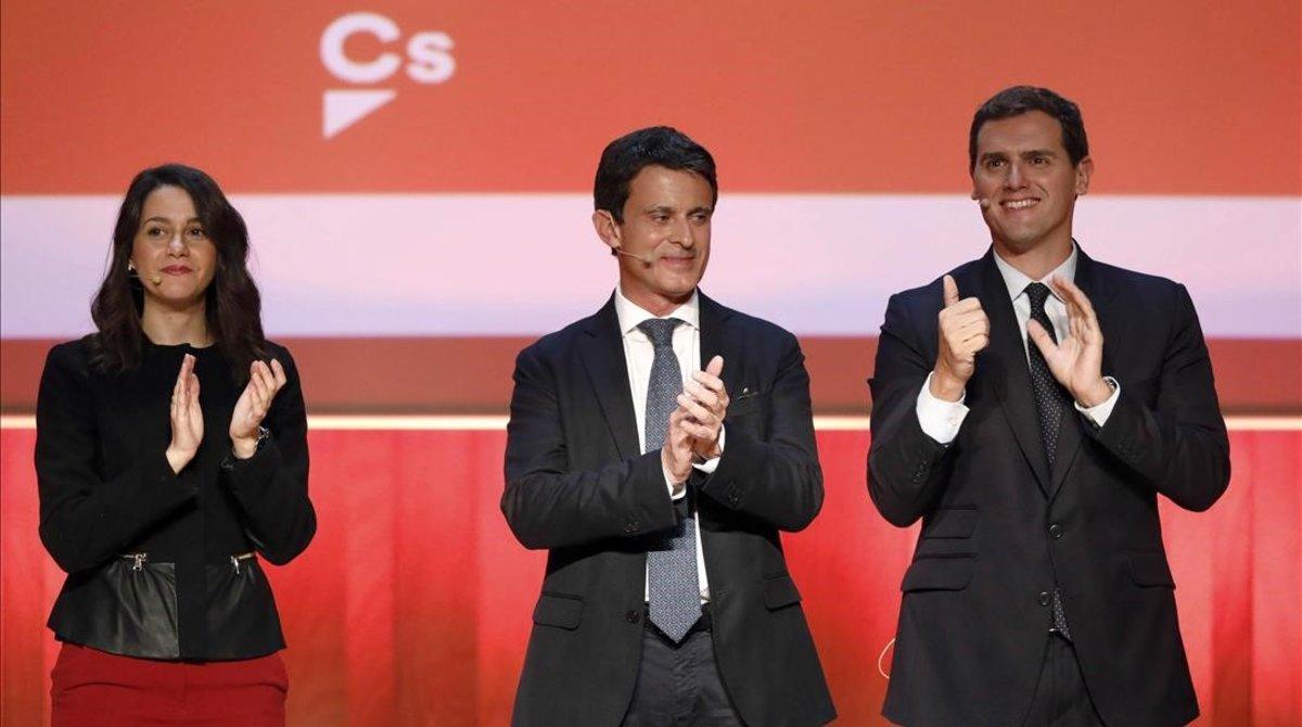 Inés Arrimadas, Manuel Valls y Albert Rivera.