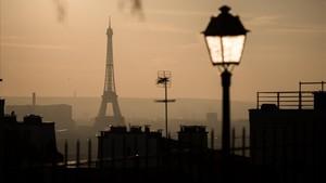 Anochecer en París.