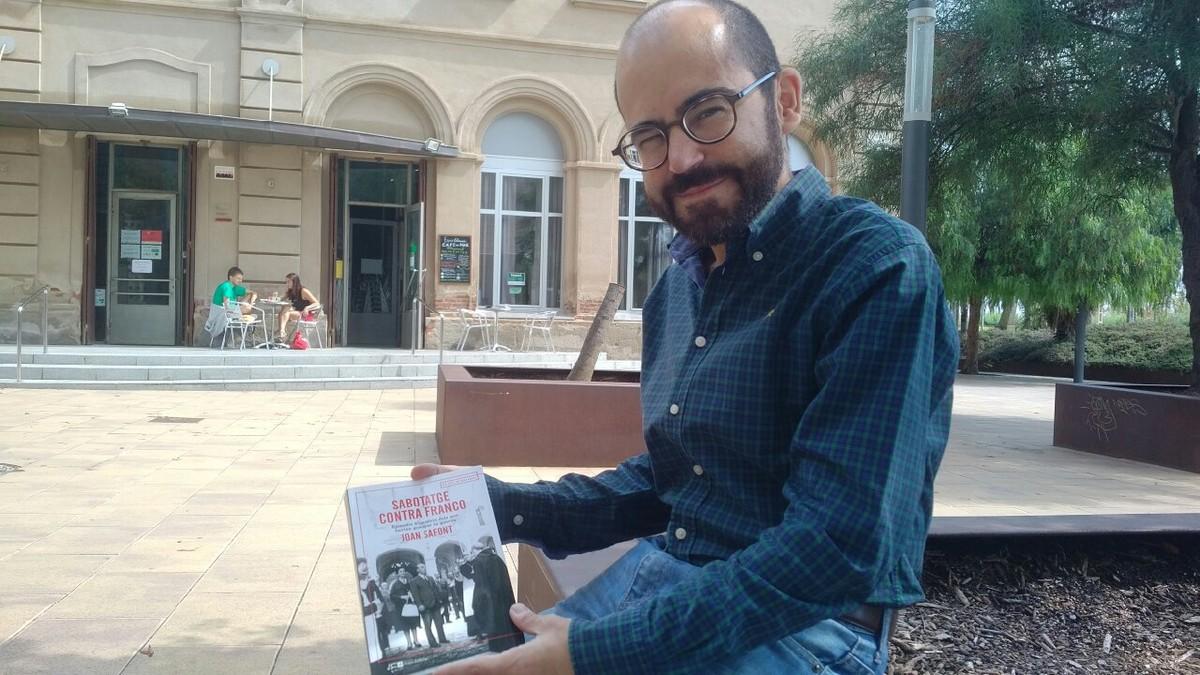 El periodista iescriptor de MataróJoan Safont, autor de 'Sabotatge contra Franco'.