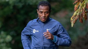 Kenenisa Bekele se entrena en Londres, esta semana.