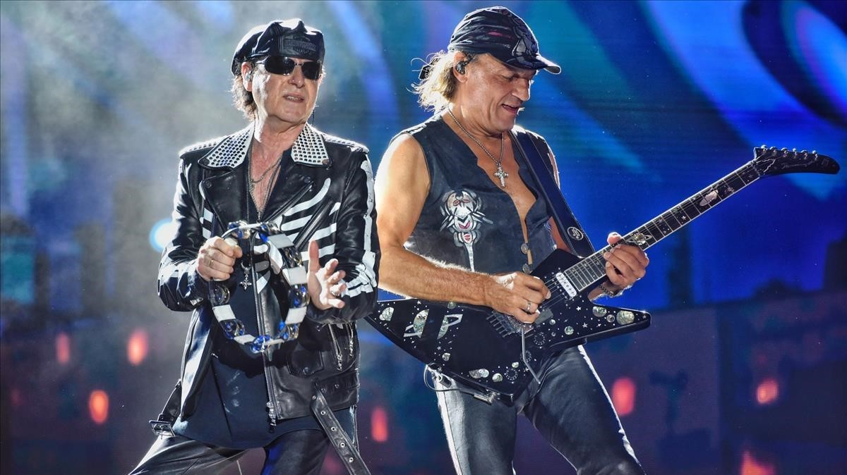 Klaus Meine y Matthias Jabs,de Scorpions, durante el concierto en el Rock Fest.