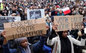 Manifestación contra la islamofobia en París.