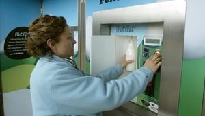 Máquina expendedora de leche.