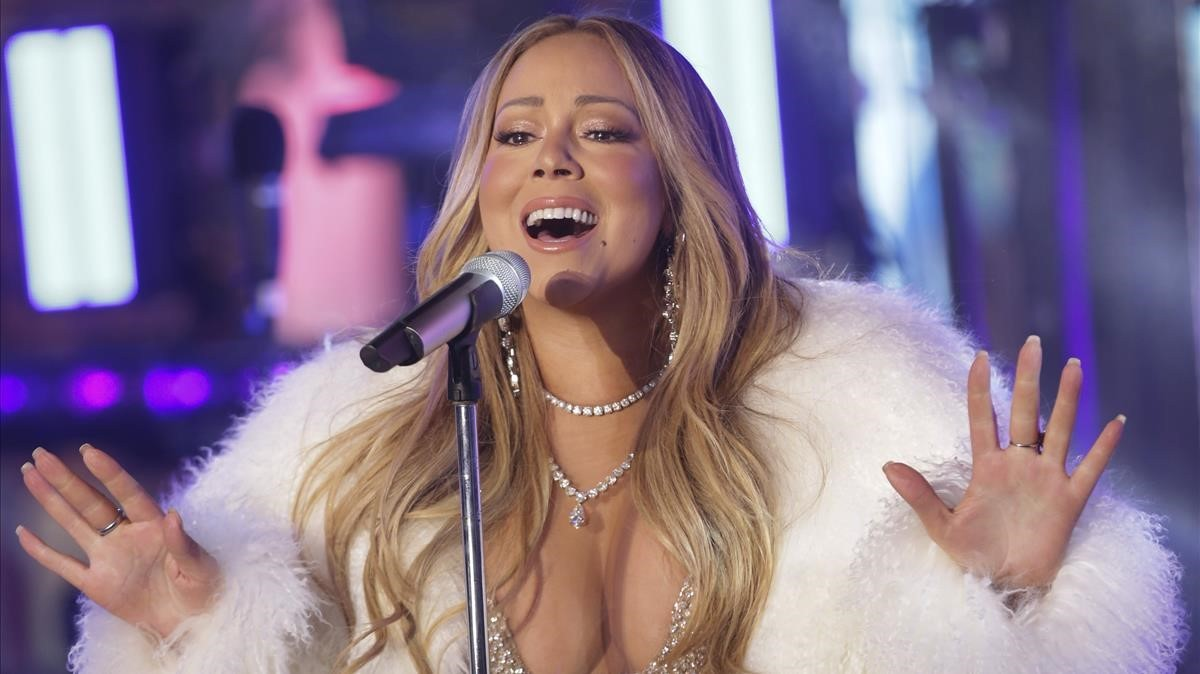 Mariah Carey, durante su actuación en el 'show' de Año Nuevo en Time Square (Nueva York).