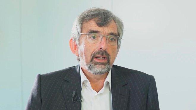 El neurocientífico Simon Thorpe, creador de un algoritmo para que los robots aprendan.