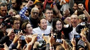Pablo Iglesias, Ada Colau y Mònica Oltra en el mitin de Valencia