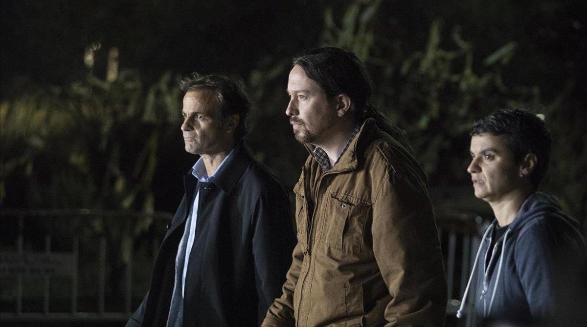 El lider de Podemos Pablo Iglesiasacompanado de Lucía Martín y Jaume Asenstras visitar a Oriol Junqueras,Jordi Sanchez y Jordi Cuixart, presos en el Centre Penitenciari Lledoners