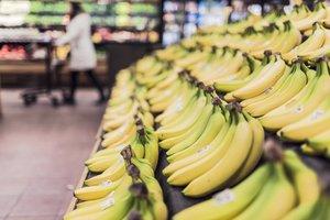 El surrealista relato de cómo los plátanos se 'inventaron' para envenenar a la población