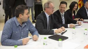 Primera reunión de la comisión de seguimiento de las inversiones de Seat por el escándalo del dieselgate. En la foto representantes de la Generalitat, Seat y sindicatos