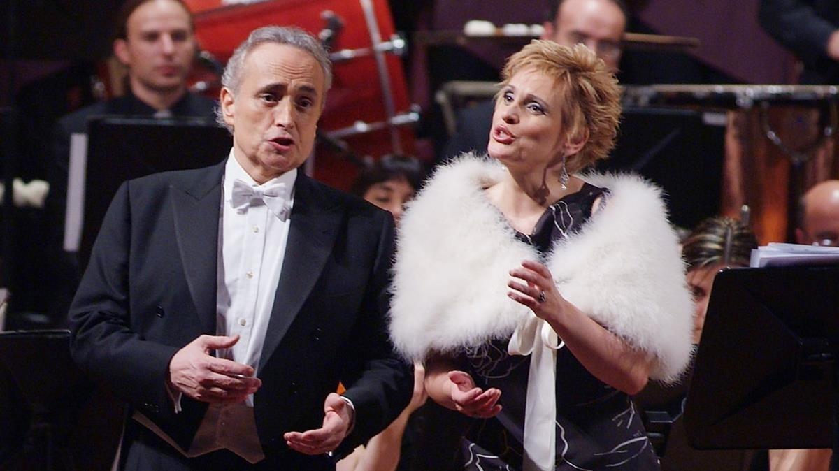 Una actuación de Josep Carreras y Ainhoa Arteta, en el Palau, en el 2007