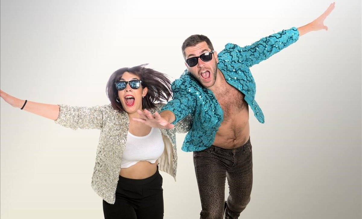 Tania Lozano y Víctor Fernández, Ladilla Rusa.