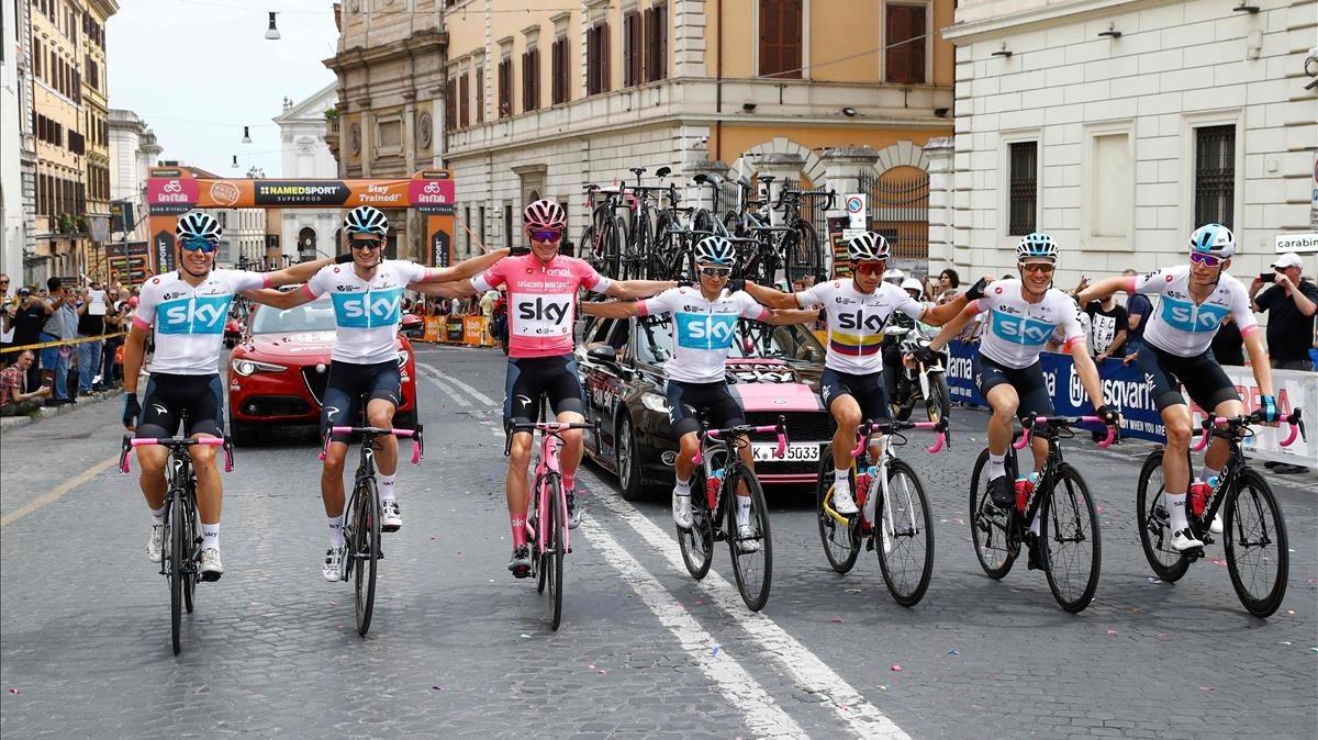 Froome guanya el Giro i entra en el selecte grup de guanyadors de les tres grans voltes