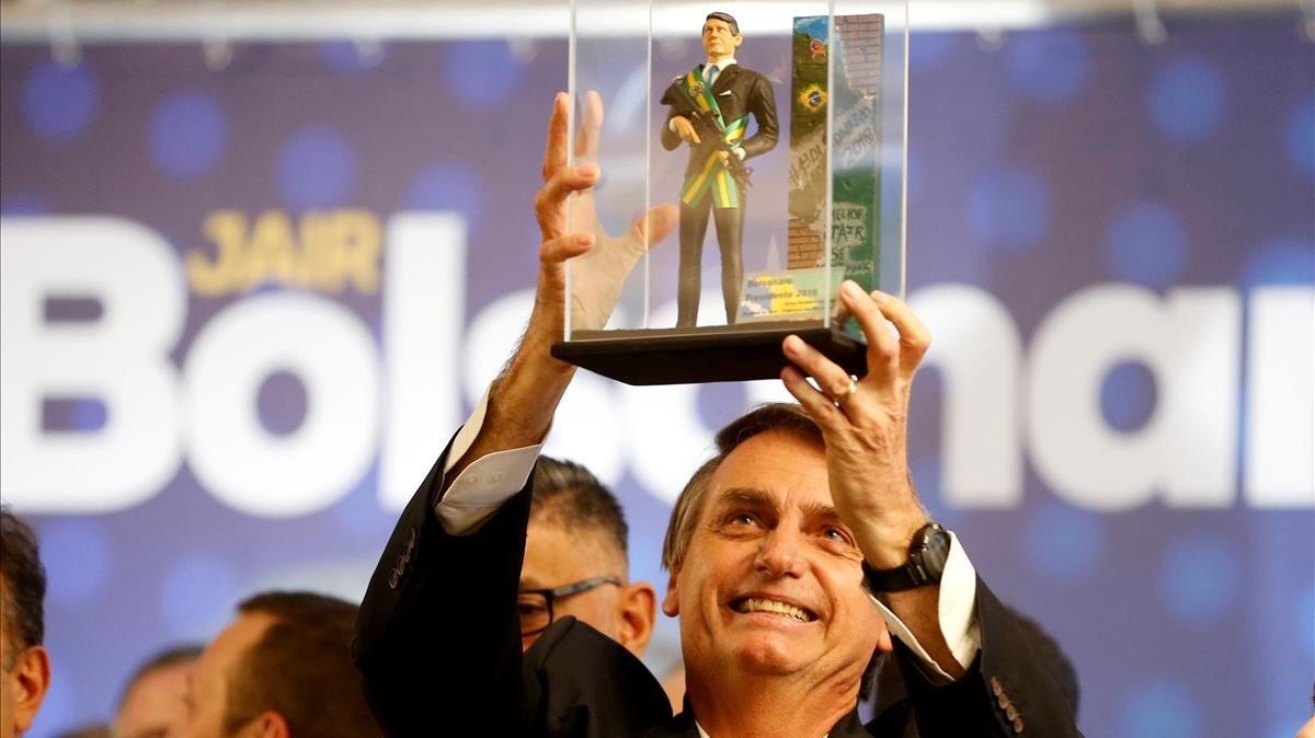 Bolsonaro anunció la privatización de la mayoría de las compañías estatales.