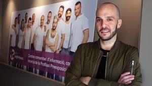 Carlos Ferrer, enfermero en Checkpoint yusuario de la Prep.