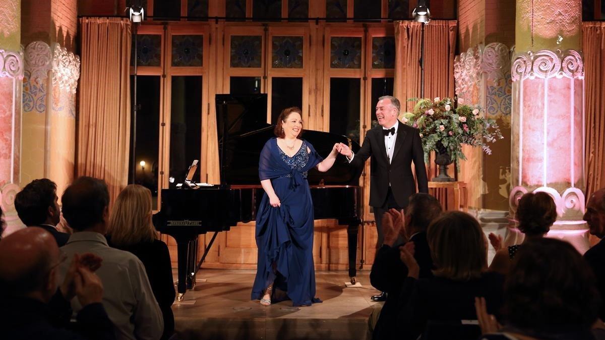 La soprano alemanaDorothea Röschmann y el pianistaMalcolm Martineau, tras su recital de lied' en el Recinte Modernista de Sant Pau.